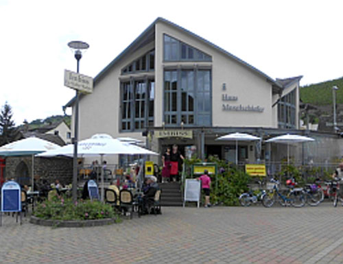 Moselgrill »Haus Moselschiefer«